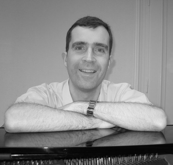 Luc Grethen, luxembourgish composer. Born in 1964 in Luxembourg. Studied at Strasbourg and Mons conservatories. History of music and music education teacher at Conservatoire de la ville de Luxembourg.